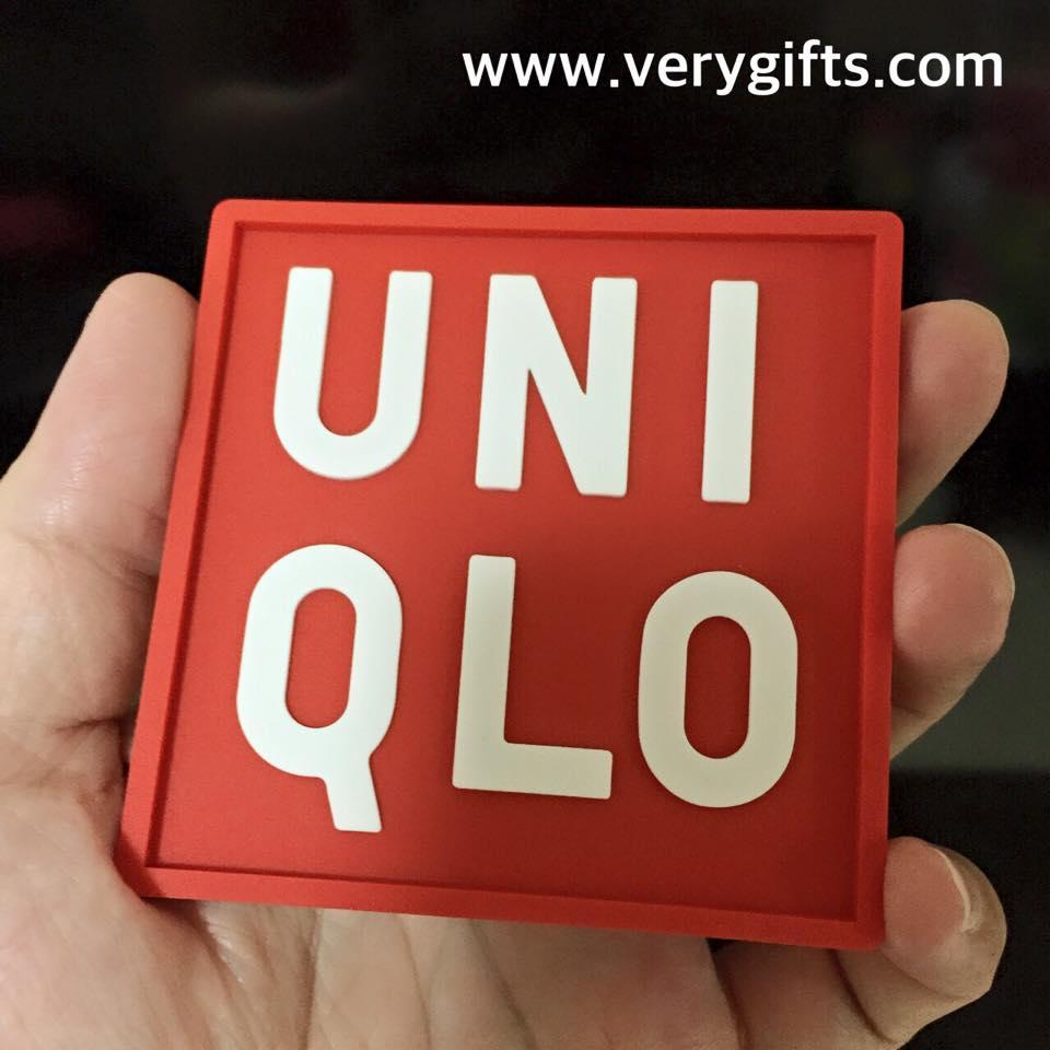 ที่รองแก้ว UNIQLO